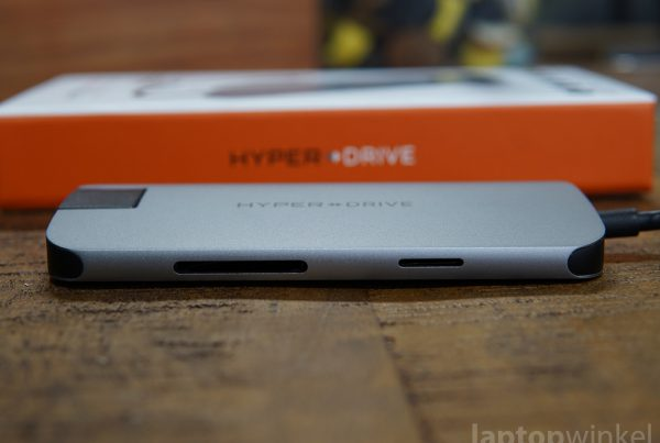 Hyperdrive Slim 8 In 1 Sd Kaart